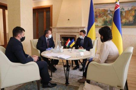 На Закарпатті відбулася зустріч губернатора з Генеральним консулом Угорщини в Ужгороді