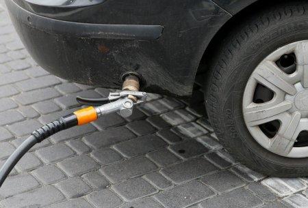 На Рахівщині різко подорожчав газ для автомобілів