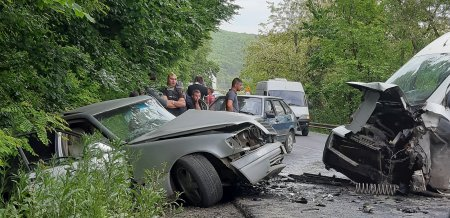 ДТП за участю трьох автомобілів сталося на Виноградівщині (фото)
