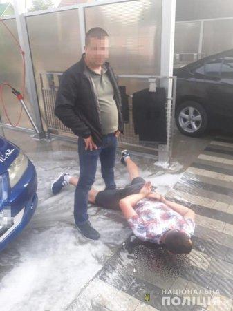 У Сваляві поліція затримала наркозбувача метамфетаміну
