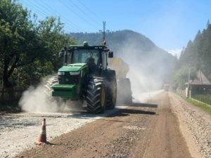 На ремонт місцевих доріг на Закарпатті цьогоріч заплановано витратити 406 млн грн (ФОТО)