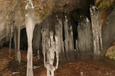 "Найбільша печера Українських Карпат – ""Дружба""знаходиться в селі Мала Уголька (фото)"