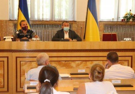В облдержадміністрації відбувся конструктивний діалог з приводу реалізації деревини через електронні аукціони