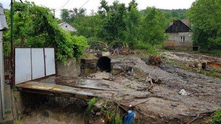 Злива на Закарпатті знову наробила біди (ФОТО)