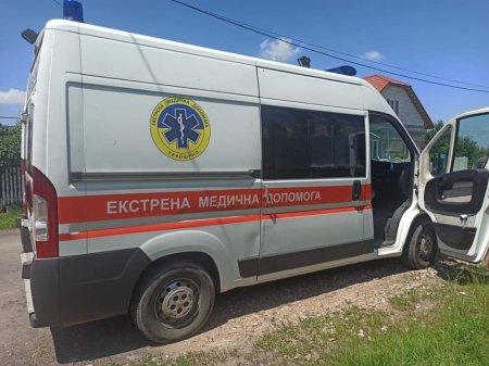 На Мукачівщині хуліган   умисно пошкодив автомобіль «швидкої»