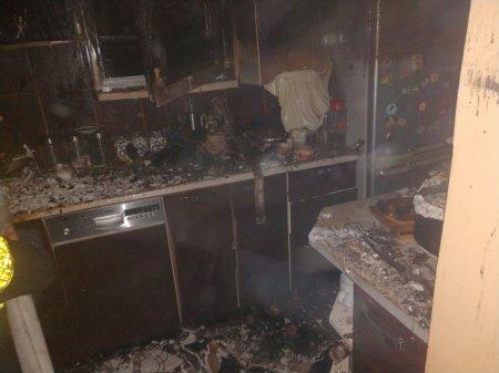 Під час пожежі в Хусті начальник караулу врятував життя господареві (Фото)