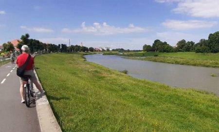 У Мукачеві побудують пішохідний міст через Латорицю