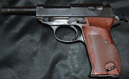 У закарпатця поліція вилучила пістолет «Вальтер» та 24 набої