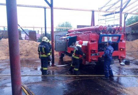 У Перечині сталася пожежа на підприємстві з виготовлення паливних брикетів