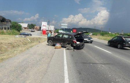 На трасі Київ-Чоп не розминулись 2 автомобілі (фото)