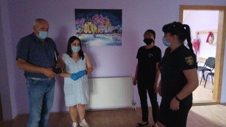 Виноградівські рятувальники продовжують протиепідемічні заходи, що спрямовані на протидію поширення СОVID-19