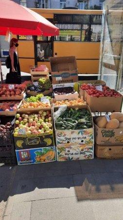 Дорогі фрукти, дешева картопля: скільки коштують закупи українців у серпні