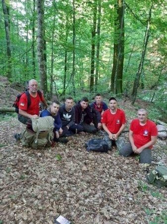 Рятувальники знайшли групу, яка заблукала в горах