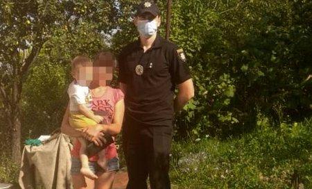 В Мукачеві шукали 2-річного хлопчика, який заблукав вночі (фото)