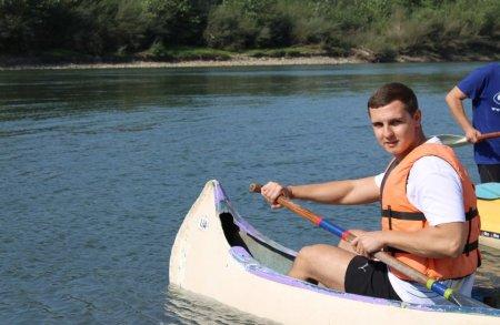 Неповторні краєвиди та шалені емоції: представники «Рідного Закарпаття» здійснили сплав по річці Тиса (ВІДЕО)