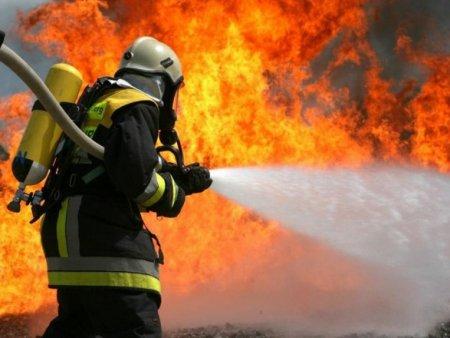 В Рахові горіла квартира: врятовано власницю квартири
