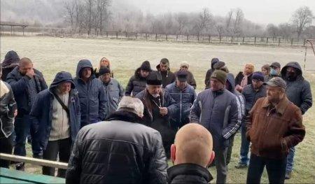 У Ганичах на Тячівщині селяни закликали голову ОТГ не призначати їм