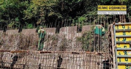 У Нижньому Бистрому зводять підпірну стінку протяжністю майже 470 м